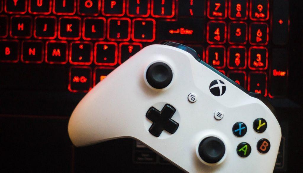 gaming-4075424_1280-min